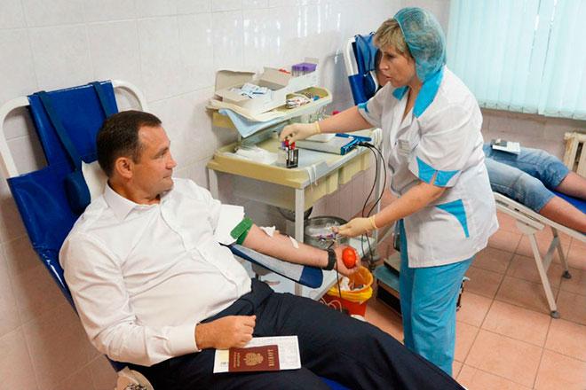 Брынцалов сдал кровь на Дне донора в Балашихе